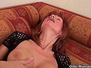 jav  masturbation  ,  mature  ,  MILF   porn movies