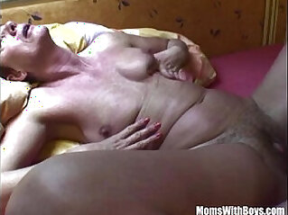 jav  MILF  ,  mom  ,  slut   porn movies